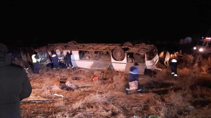 Семь человек погибли в крупном ДТП в Казахстане