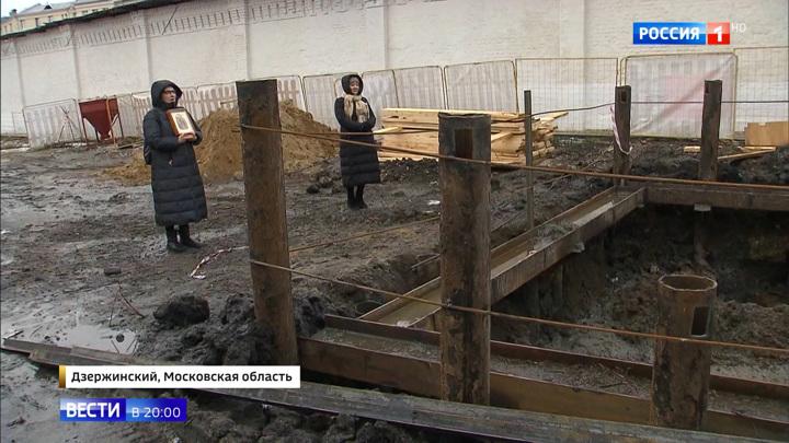 Стена Николо-Угрешского монастыря может рухнуть: кто и зачем копает под памятником XVI века