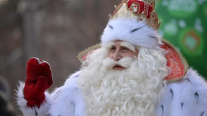 ВЦИОМ рассказал о том, что россияне попросят у Деда Мороза