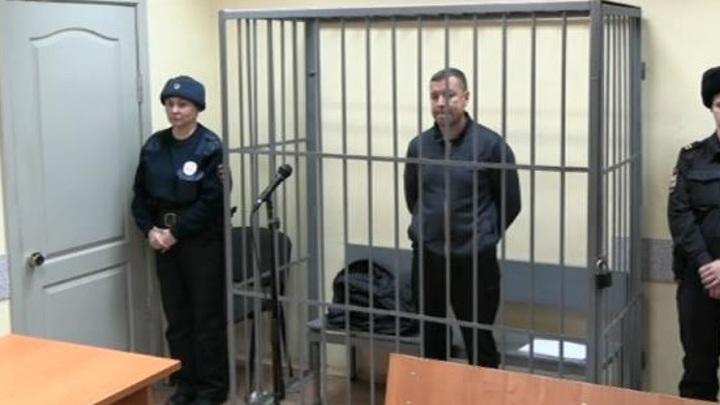 """""""Офицерское дело"""": как один бизнесмен двух екатеринбургских следователей посадил"""