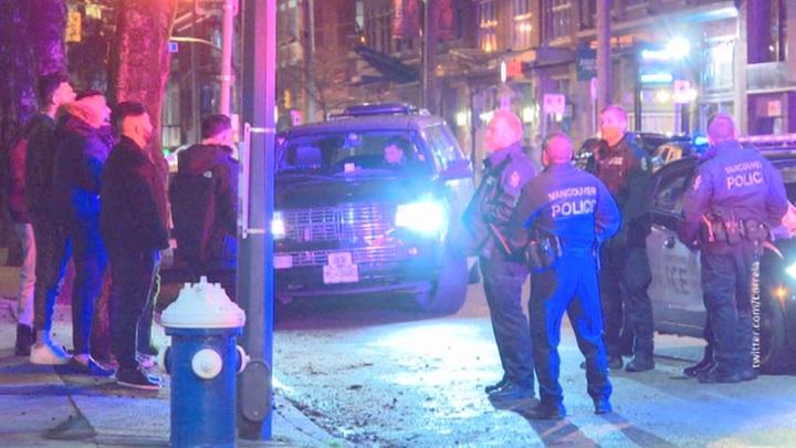 Поножовщина в Ванкувере закончилась госпитализацией четырёх человек