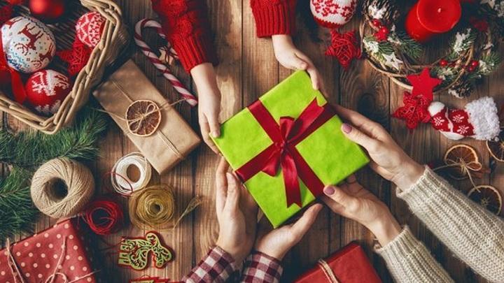 Вес детского новогоднего сладкого подарка не должен превышать 250 граммов