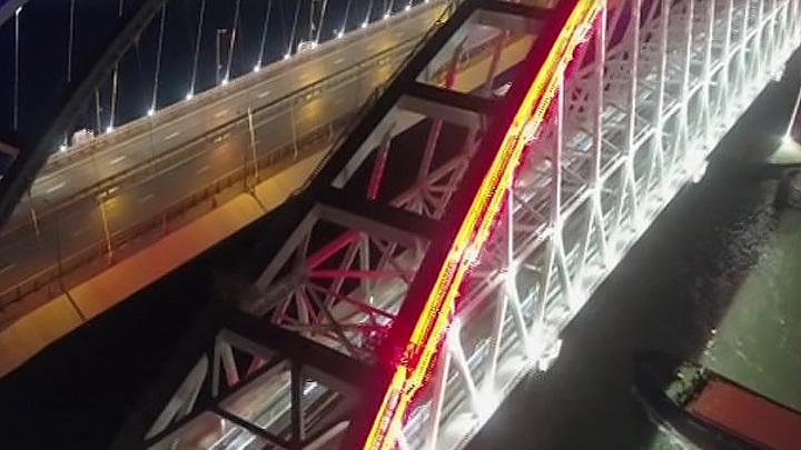 100 поездов за месяц по Крымскому мосту перевезли 85 тысяч пассажиров