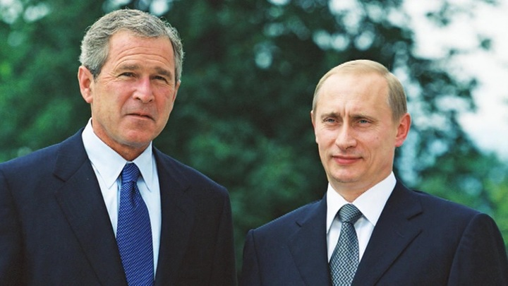 """""""Путин. 20 лет"""": самые яркие моменты из жизни президента за 2001 год"""
