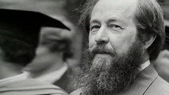 Кандидатура Солженицына впервые выдвигалась на Нобелевскую премию в 1969 году