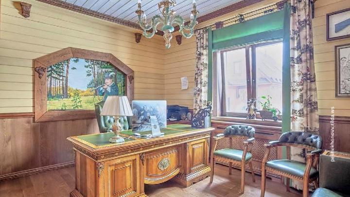Усадьбу под Нижним Новгородом продавали вместе с персоналом - но недолго