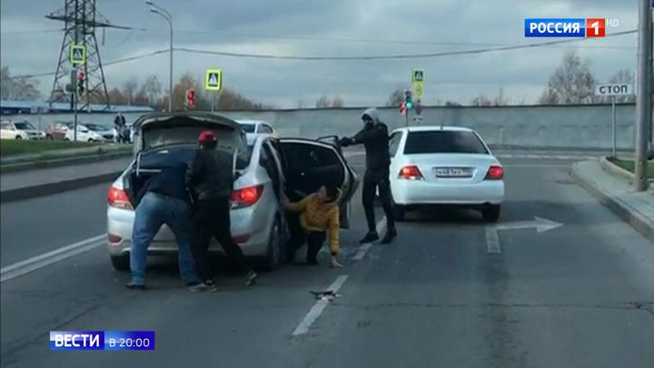 Молоток есть - ума не надо: в Москве задержали банду автоналетчиков