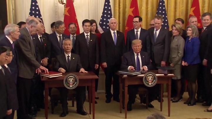 Красивая игра в шахматы, покер и шашки: США и Китай объявили торговой войне конец