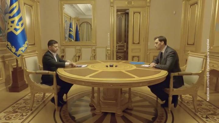 Фарс с отставкой Гончарука отвлек внимание украинцев от двух законов