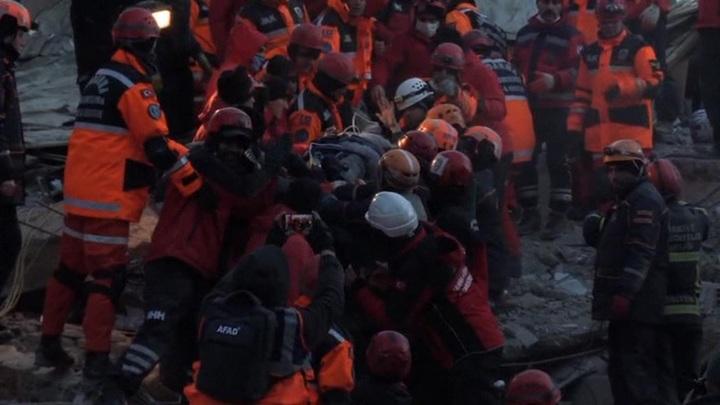 Количество погибших от землетрясения в Турции вновь увеличилось