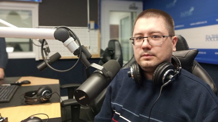 """Павел Бобров в студии """"Радио России"""""""