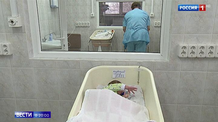 Подбросила к метро: в Москве разыскивают оставившую младенца в переходе женщину