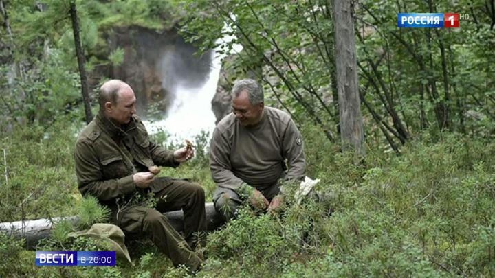 К 20-летию работы Путина: Кремль опубликовал новую подборку архивных фото и видео