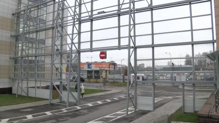 По делу девушки, сбежавшей из карантина по коронавирусу в Петербурге, назначено судебное заседание
