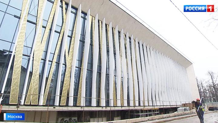 """""""Кристалл"""", """"Дружба"""" и уникальный теннисный центр: масштабная реконструкция в Лужниках"""