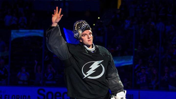 Российского вратаря Василевского признали лучшим игроком плей-офф НХЛ