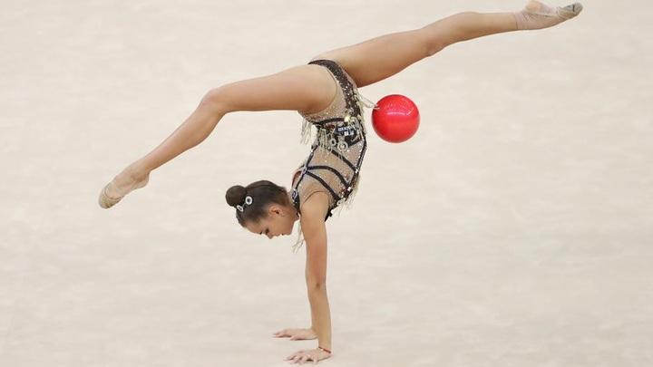 Дина Аверина выиграла  этап Кубка мира по художественной гимнастике