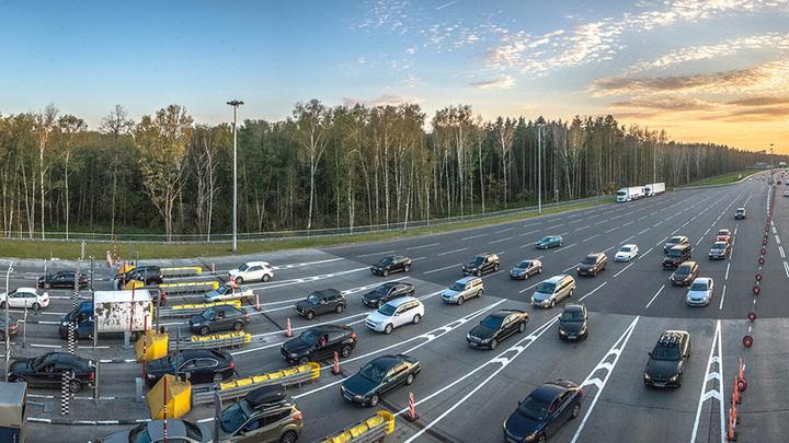 На трассе между Москвой и Санкт-Петербургом повысили скорость