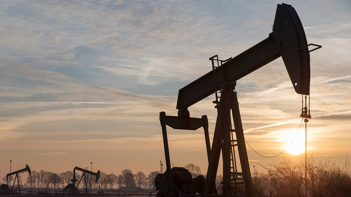 Страны ОПЕК+ увеличат добычу нефти