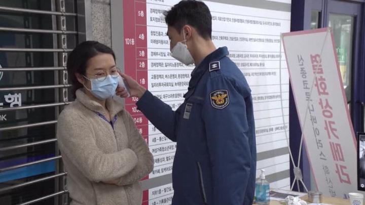 Резкий скачок и снова замедление: ситуация с коронавирусом напряженная