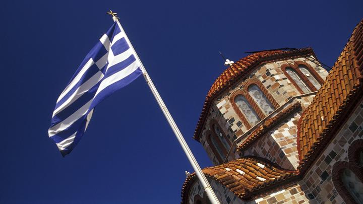 Греция продлила до 14 мая разрешение на въезд 4 тыс. россиян в неделю