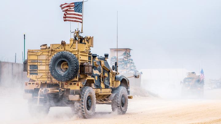 Американские военные вывезли из Сирии зерно