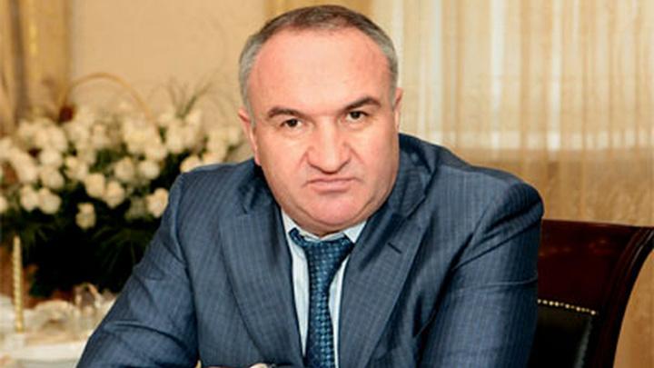 В отношении Арашукова-старшего возбуждены еще три дела
