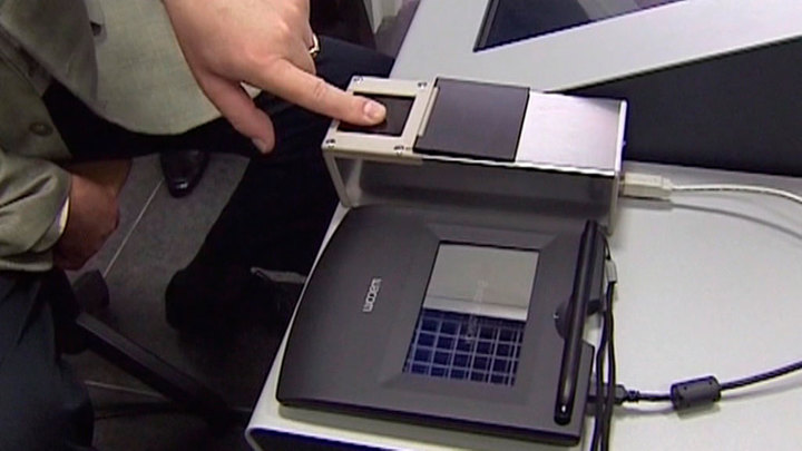 МВД создаст банк биометрических данных россиян и иностранцев к 2024 году
