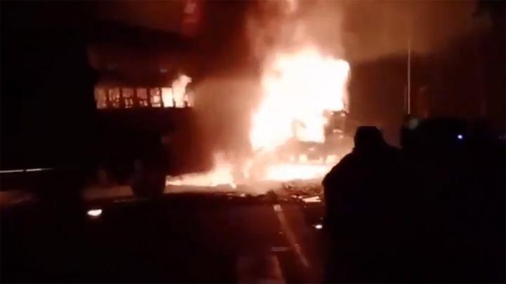 Пожар в ковидной больнице: пациенты погибли от огня и удушья
