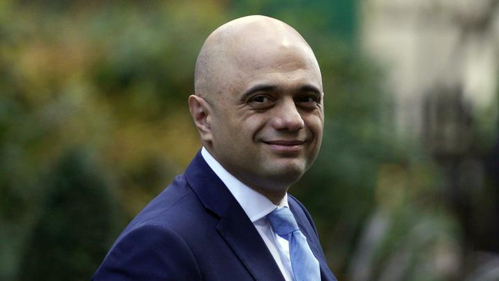 """Глава Минздрава Великобритании признал сложную ситуацию со штаммом """"дельта"""" в стране"""