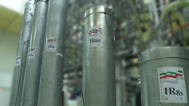 Власти Ирана: ядерный реактор в Араке запустят в течение года