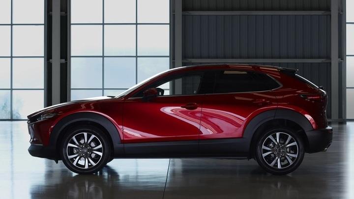 3 - Mazda объявила российские цены комплектаций кроссовера CX-30
