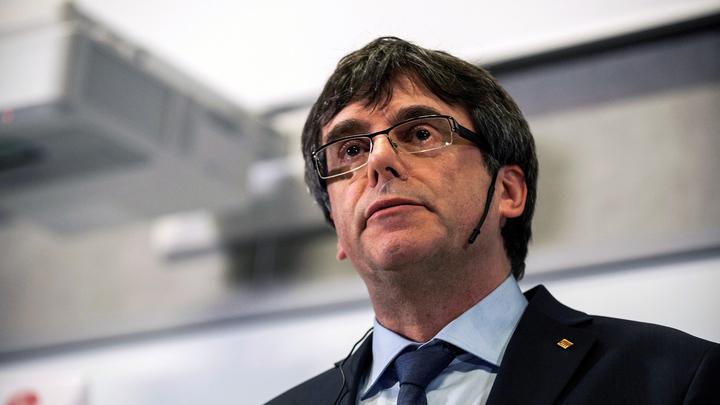 Итальянские власти отпустили Пучдемона из-под стражи