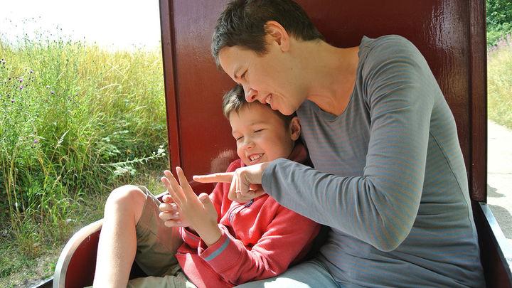 """""""Суперродители"""" детей с аутизмом смогли облегчить симптомы заболевания благодаря новой программе"""