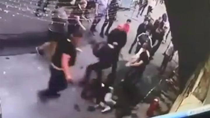 Убийства в ночных клубах видео клубы в березниках ночные