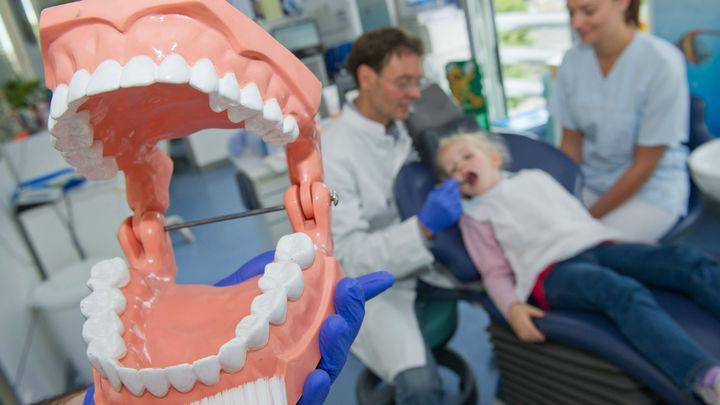 Студенты из Петербурга придумали, как в три раза удешевить изготовление зубных коронок