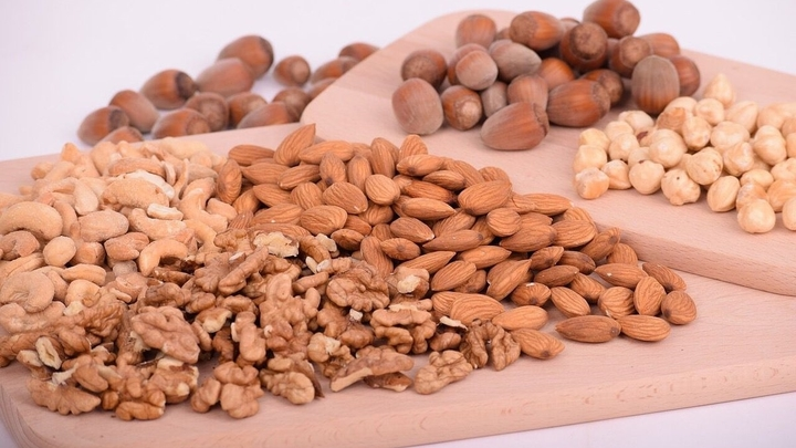 Ежедневное употребление орехов улучшает качество мужской спермы