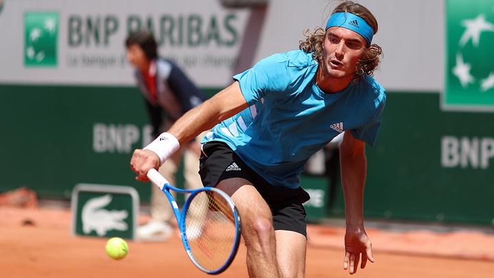 Циципас стал первым финалистом Roland Garros