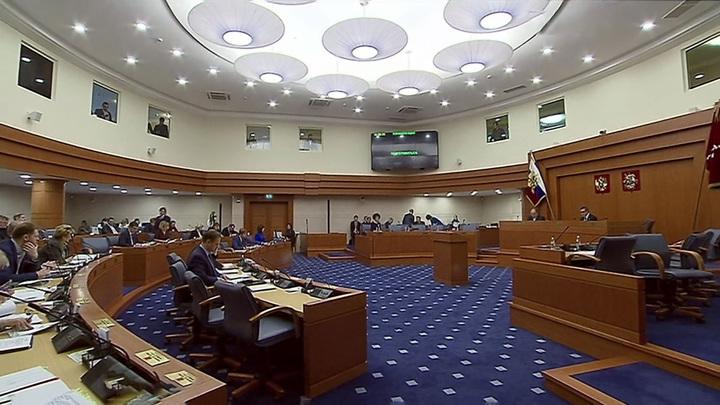 Мосгордума рассмотрит закон о нарушении тишины автомобилистами на первом заседании