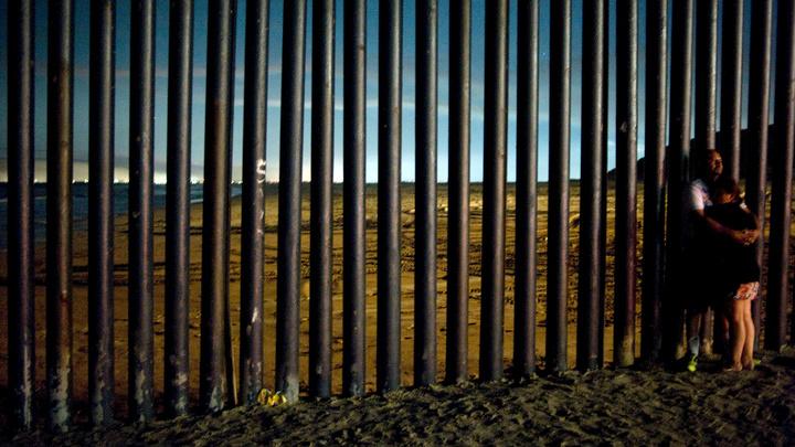 Президент Доминиканы сообщил, что на границе с Гаити будет построена стена