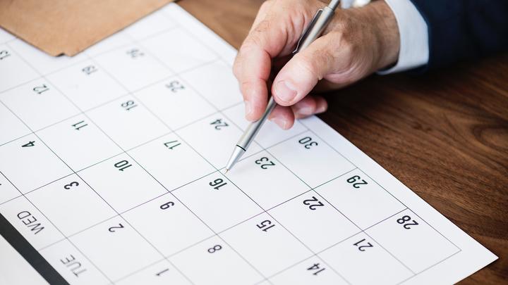 56% россиян поддерживают введение нерабочих дней в ноябре