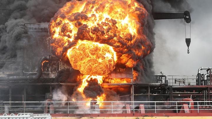В поджоге танкера у берегов Сирии подозревают беспилотник