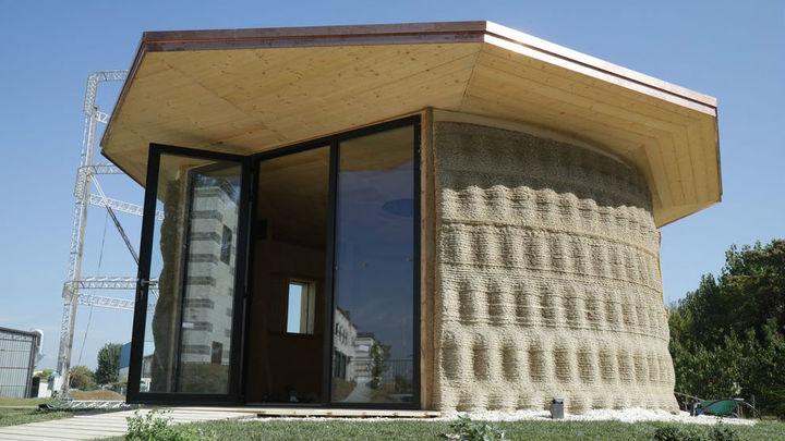 Дом площадью 20 квадратных метров и стоимостью $1000 напечатали на 3D-принтере