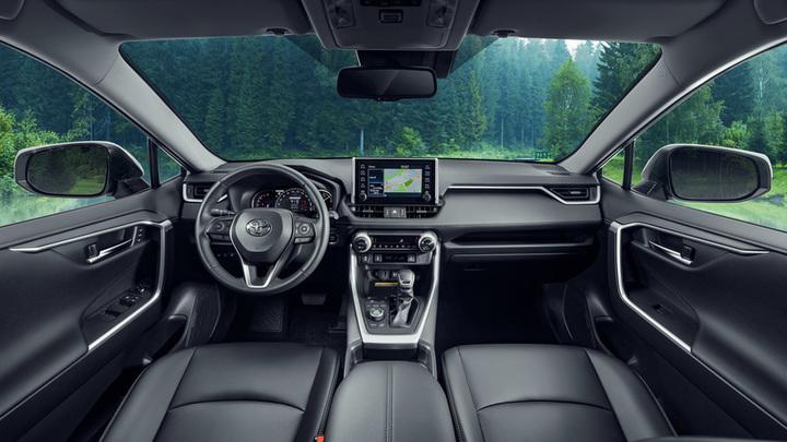 Toyota начала продажи в России спецверсии RAV4