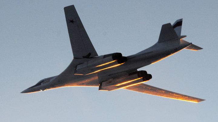 Ту-160 пролетели в компании F-16, F-18 и Saab JAS-39