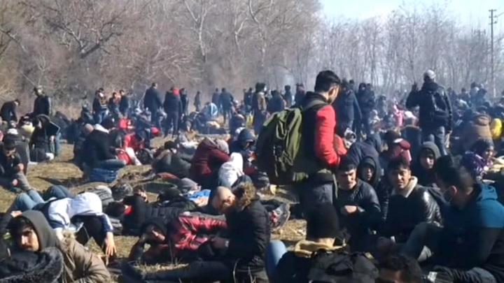 Турция открыла для мигрантов двери в Европу