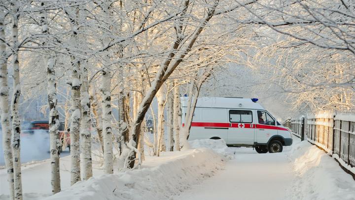 В Приамурье снегоуборочная машина сбила ребенка на тротуаре
