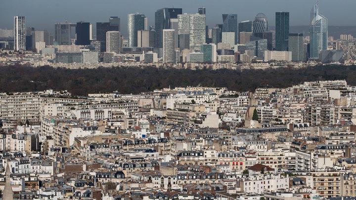 Париж притормозил: столица Франции снизила скорость автомобилям