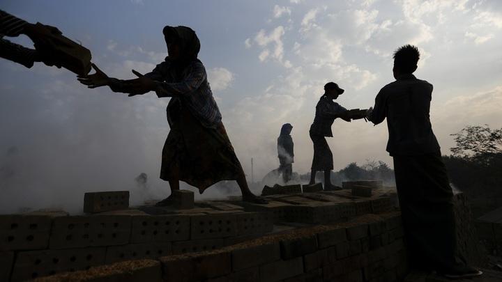Военные контролируют улицы крупнейшего города Мьянмы после ареста президента