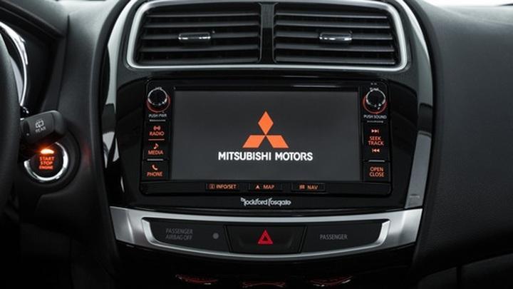 Mitsubishi переходит на продажу моделей Renault под своим брендом